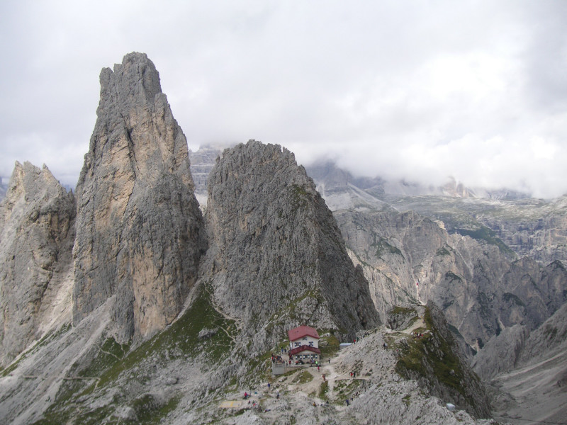 Foto 1 zur Tour: Via ferrata Merlone auf die Cadinspitze NE
