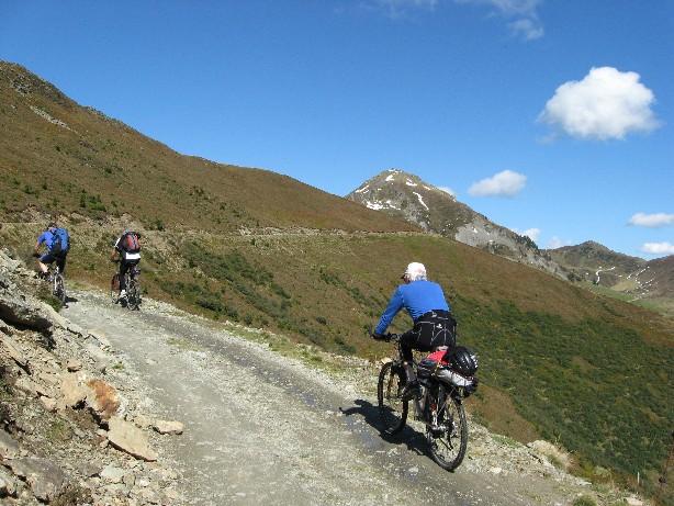 Foto: mucho / Mountainbike Tour / Hundstein-Runde / Nach der Ebnerscharte / 26.09.2007 21:07:04