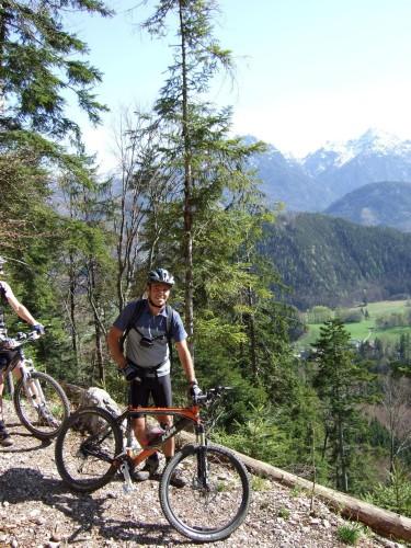 Foto: hofchri / Mountainbike Tour / Rund um den Schafberg - über den Falkenstein / Abfahrt zum Wolfgangsee / 06.07.2009 19:54:46