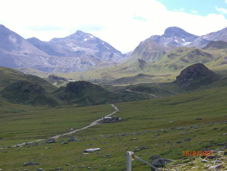 Foto: Charly Weigarten / Mountainbike Tour / Ischgl - Heidelbergerhütte / Grenzhütte von Österreich in die Schweiz / 02.08.2009 20:32:54