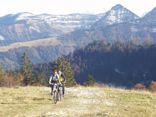 Foto: hofchri / Mountainbike Tour / Rund um den Schlenken / nach 2000 Hm gehen die Kräfte zu Ende / 07.07.2009 18:43:03