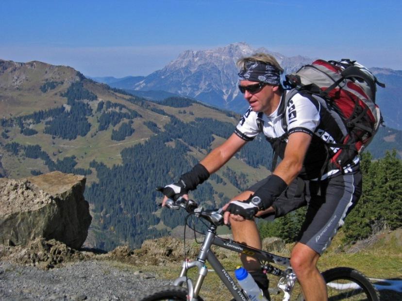Foto: forstpointler / Mountainbike Tour / Von Maria Alm auf den Hundstein / aber bloß nicht schlapp machen !!  :-)  / 11.09.2009 15:32:09