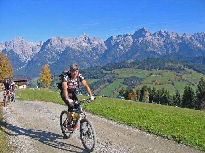 Foto: forstpointler / Mountainbike Tour / Von Maria Alm auf den Hundstein / weiter gehts..... / 11.09.2009 15:26:11