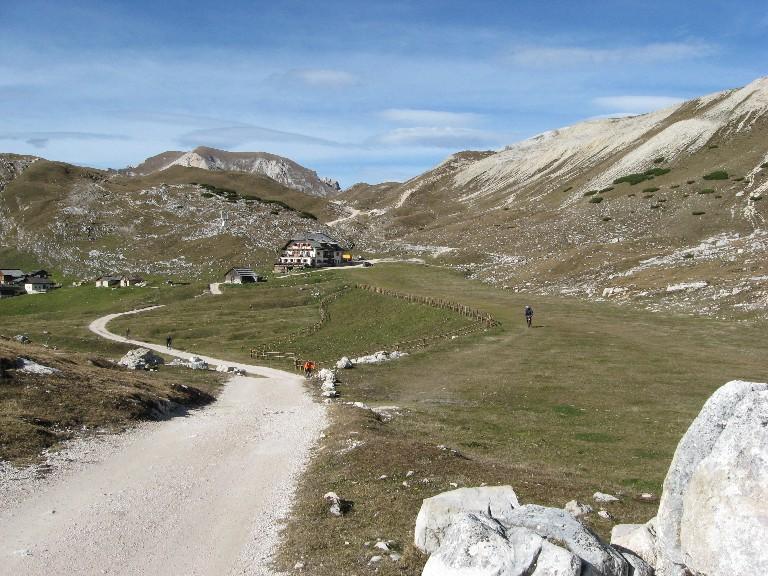 Foto: mucho / Mountainbike Tour / Naturparkrunde - Fanes Sennes Prags - ab St. Vigil / Sennes Hütte / 12.10.2007 21:06:24