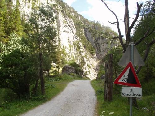 Foto: hofchri / Mountainbiketour / Viehberg Alm - Runde / die sehr sehr steilen Öfen / 06.07.2009 19:20:56
