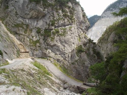 Foto: hofchri / Mountainbike Tour / Viehberg Alm - Runde / die Kehren beim Downhill (Öfen) / 06.07.2009 19:21:19
