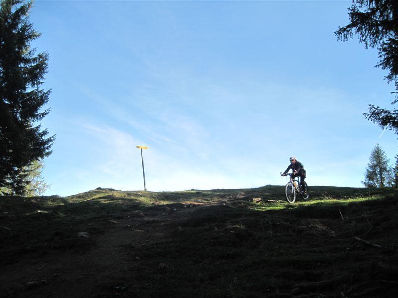 Foto: Heidi Schützinger / Mountainbiketour / Almrunde am Ladenberg / 20.09.2014 12:18:00