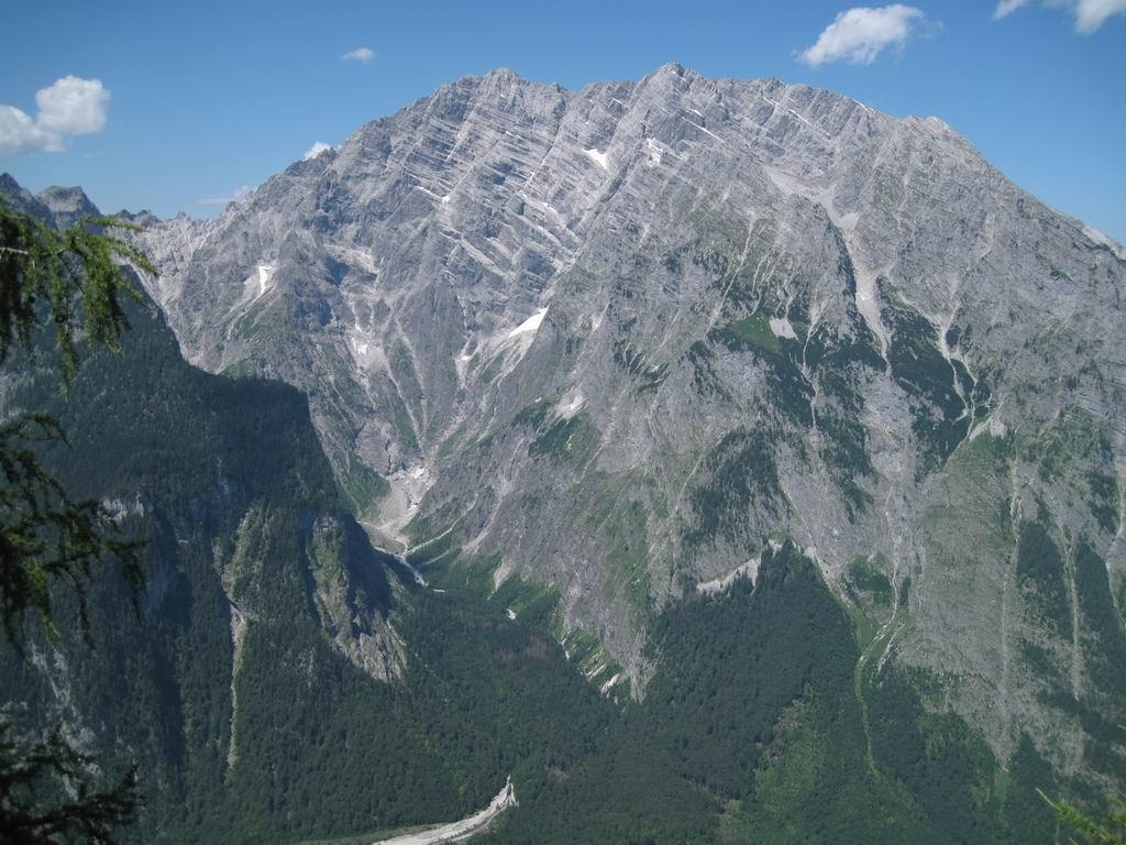 Foto: Heidi Schützinger / Mountainbike Tour / Echo / Die beeindruckende Watzmann Ostwand / 10.07.2011 17:56:52