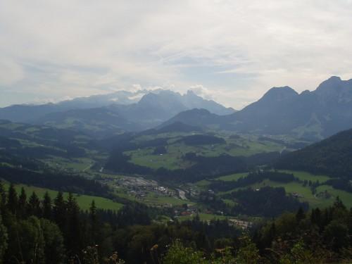 Foto: hofchri / Mountainbike Tour / Osterhorn Route / der Dachstein im Hintergrund / 06.07.2009 19:46:35