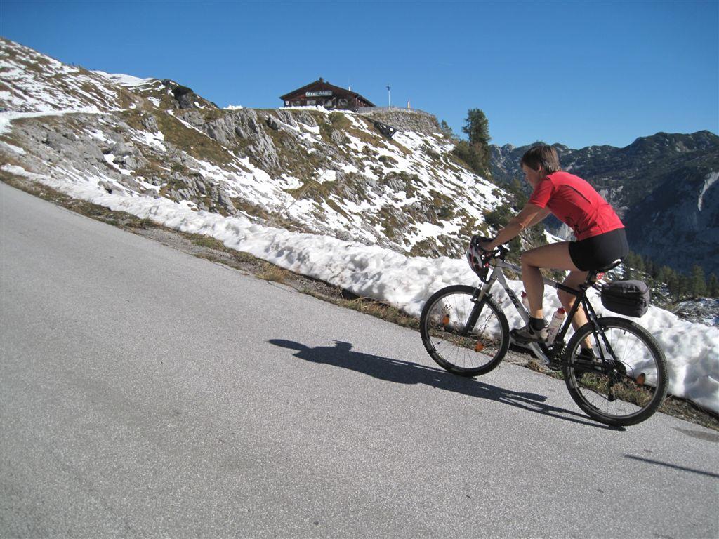 Foto: Heidi Schützinger / Mountainbike Tour / Loserstraße / Gleich ist das Ziel erreicht. / 15.10.2011 18:10:07