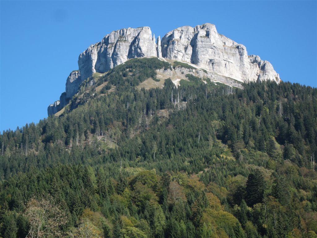 Foto: Heidi Schützinger / Mountainbike Tour / Loserstraße / Rückblick zum Loser Gipfel / 15.10.2011 18:04:00
