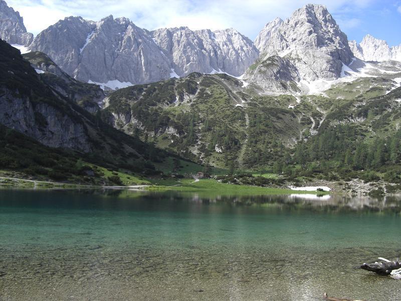 Foto: Charly Weigarten / Mountainbike Tour / Zum Seebensee / Blick auf Seebensee und Coburgerhütte / 02.08.2009 17:16:08