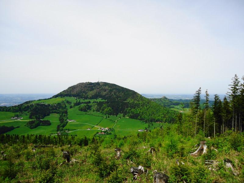 Foto: Günter Siegl / Wandertour / Vorderfager  - Rauchenbichlalm - Gaisberg / Blick von der Gurlspitze auf den Gaisberg / 15.05.2015 15:04:34