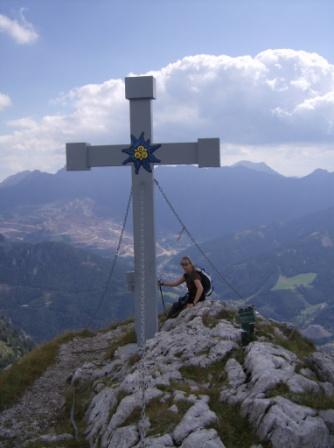 Foto: heli_mit_aron / Wander Tour / Rundtour vom Leopoldsteinersee über die Seemauer / Gipfelkreuz am Hochblaser  / 26.06.2008 13:36:00