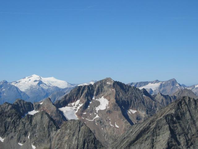 Foto: pepi4813 / Wander Tour / Von der Wangenitzseehütte auf das Petzeck / Blick zum Hochschober und Grossvenediger / 13.08.2009 10:07:36