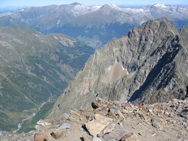 Foto: pepi4813 / Wander Tour / Von der Wangenitzseehütte auf das Petzeck / Blick ins Gradental / 13.08.2009 10:07:53