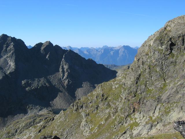 Foto: pepi4813 / Wander Tour / Von der Wangenitzseehütte auf das Petzeck / Tiefblick vom Aufstiegsweg / 13.08.2009 10:01:52