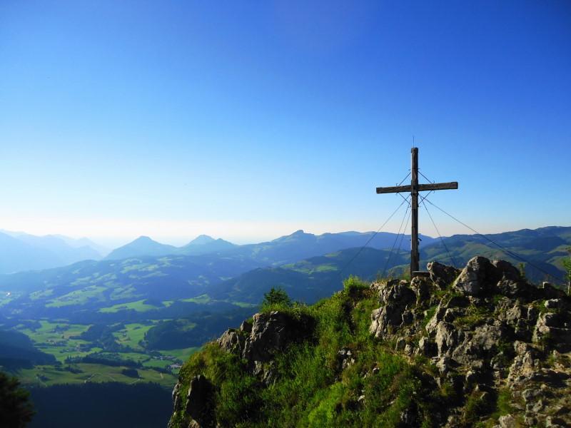 Foto: Günter Siegl / Wandertour / Vom Walchsee auf den Heuberg / Gipfel Heuberg / 22.07.2016 16:49:12