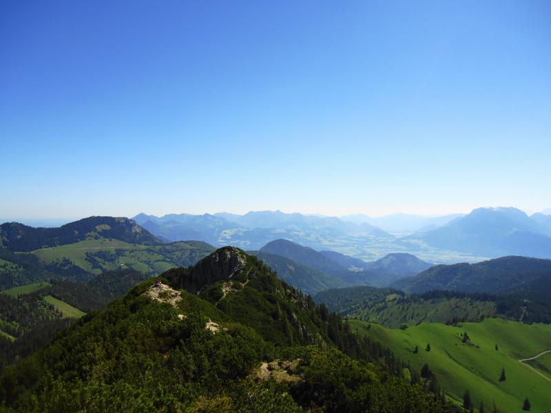 Foto: Günter Siegl / Wander Tour / Vom Ursprungpaß zum Trainsjoch / Chiemgauer Alpen im Hintergrund / 05.06.2017 22:38:11