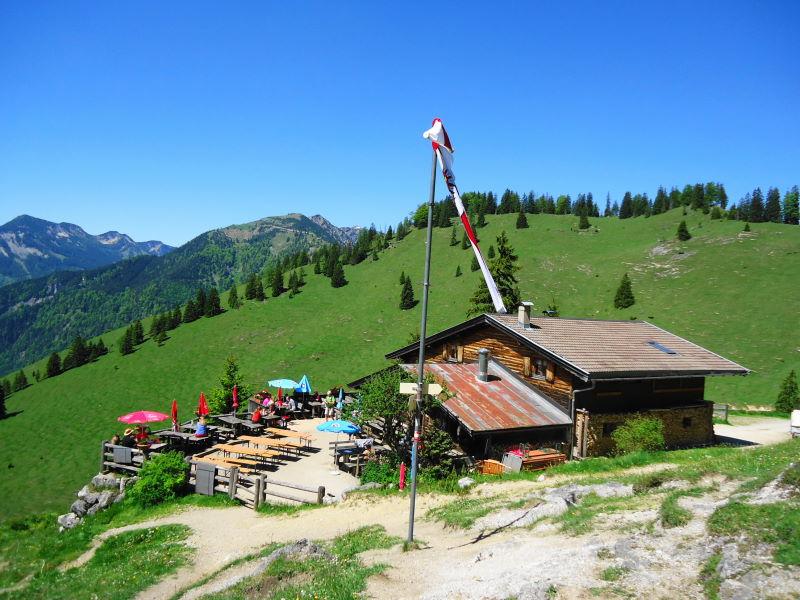 Foto: Günter Siegl / Wander Tour / Vom Ursprungpaß zum Trainsjoch / Mariandlalm / 05.06.2017 22:37:25