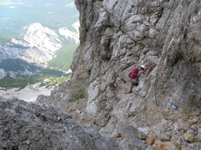 Foto: Wolfgang Lauschensky / Wander Tour / Über den Wenger Weg auf den Großen Buchstein / wenige Sicherungen in der Schlucht / 03.07.2012 21:12:43