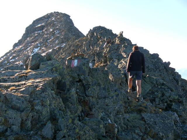 Foto: Wolfgang Lauschensky / Wander Tour / Hochgolling - über den NW-Grat / Gratabflachung vor Gipfelgrat / 08.10.2011 16:22:01