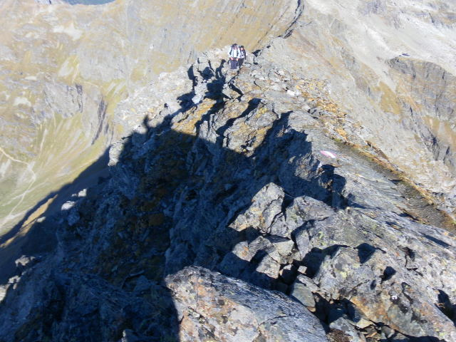 Foto: Wolfgang Lauschensky / Wander Tour / Hochgolling - über den NW-Grat / Gipfelgratrückblick / 08.10.2011 16:20:56