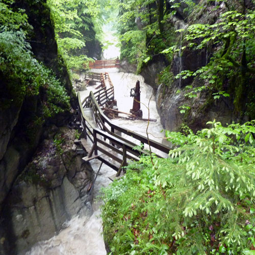 Foto: 518205 / Wandertour / Durch die Seisenbergklamm nach Pürzelbach / In der Seisenbergklamm / 31.08.2011 16:57:21