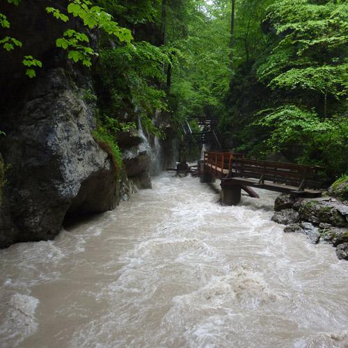 Foto: 518205 / Wander Tour / Durch die Seisenbergklamm nach Pürzelbach / In der Seisenbergklamm / 31.08.2011 16:56:56