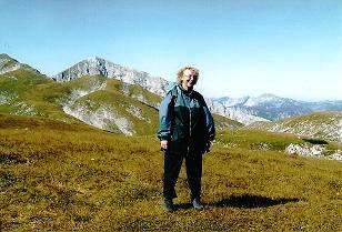 Foto: Wolfgang Dröthandl / Wander Tour / Hohe Weichsel - Runde / Erster Blick auf die markante Felspyramide der Hohen Weichsel vom Staritzen - Höhenweg / 31.01.2011 12:19:33