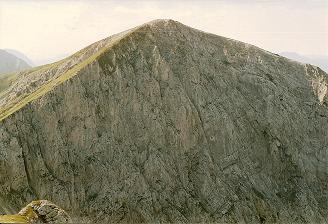 Foto: Wolfgang Dröthandl / Wander Tour / Hohe Weichsel - Runde / Die imposanten Ostabstürze der Hohen Weichsel, gesehen vom Staritzen - Höhenweg / 31.01.2011 12:18:30