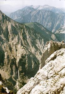 Foto: Wolfgang Dröthandl / Wander Tour / Hohe Weichsel - Runde / Blick in den Unteren Ring; Edelboden, Hochtürnach, Kräuterin vom Gipfelanstieg / 31.01.2011 12:15:34