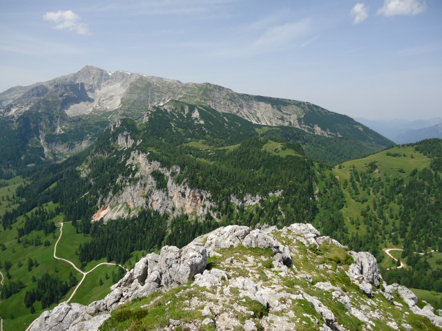 Foto: Günter Siegl / Wander Tour / Vom Gleinkersee auf den Seespitz / in Bildmitte die Rote Wand / 28.07.2012 21:07:38