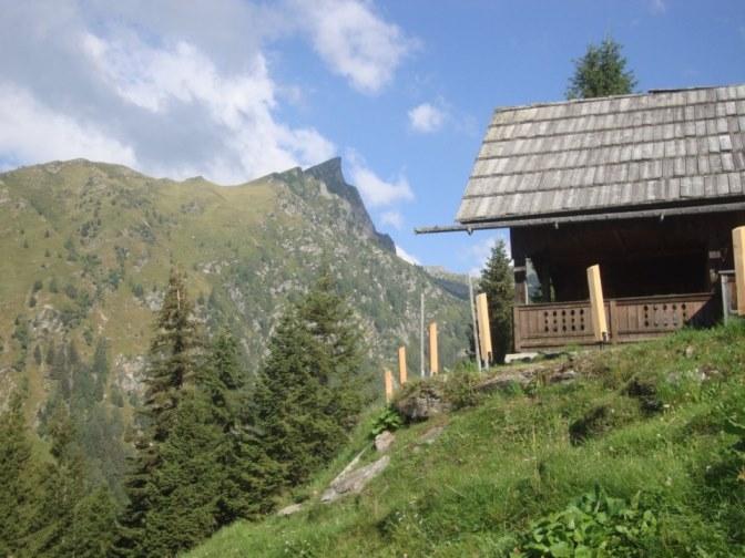 Foto: Wolfgang Dröthandl / Wander Tour / Kohlmaierhütte - Gmeineck, 2592m / links  Böse Nase / 21.11.2018 14:52:52