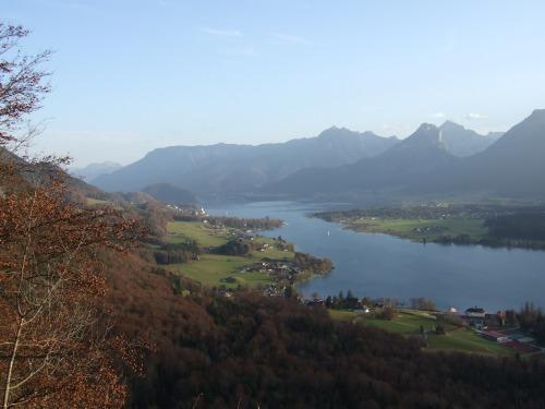 Foto: hofchri / Wander Tour / Von St.Gilgen nach St.Wolfgang auf dem Wallfahrerweg über den Falkenstein, 750m / St. Wolfgang wir kommen! / 23.11.2009 20:03:22