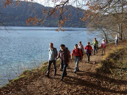 Foto: hofchri / Wander Tour / Von St.Gilgen nach St.Wolfgang auf dem Wallfahrerweg über den Falkenstein, 750m / am Nachmittag sehr sonnig! / 23.11.2009 20:00:08
