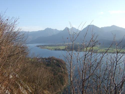 Foto: hofchri / Wander Tour / Von St.Gilgen nach St.Wolfgang auf dem Wallfahrerweg über den Falkenstein, 750m / tolles Panorama / 23.11.2009 20:00:55