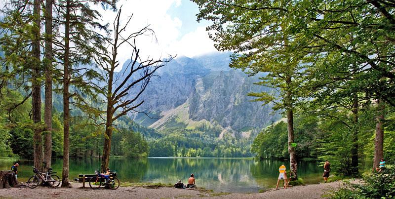 Foto: Hermann HU / Wander Tour / Langbathseen-Rundwanderung, 732m / Hinterer Langbathsee / 09.09.2009 14:34:20