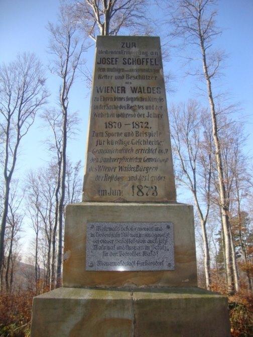 Foto: Wolfgang Dröthandl / Wander Tour / Rundwanderung über Schöffelstein und Rudolfshöhe / Schöffelstein (der Retter des Wienerwalds) / 19.11.2018 11:21:45