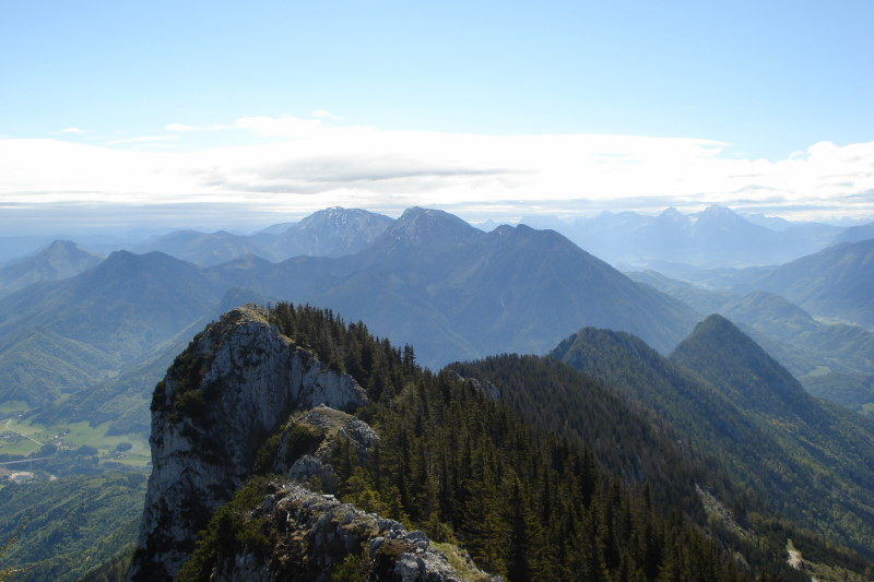 Foto: Günter Siegl / Wander Tour / Von der Steyrling auf die Kremsmauer / Blick vom Gipfel Richtung Sengsengebirge. / 08.05.2011 21:31:04