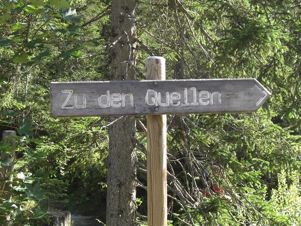 Foto: Charly Weigarten / Wander Tour / Hallerangeralm (Isar-Quelle) / Hinweisschild zu den Quellen der Isar / 22.08.2009 09:04:28
