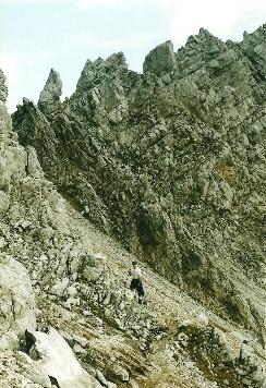 Foto: Wolfgang Dröthandl / Wander Tour / Vom Bodental auf den Hochstuhl / Im oberen Bereich des Kars / 16.05.2011 16:55:17