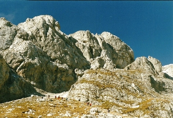 Foto: Wolfgang Dröthandl / Wander Tour / Hochschwabrunde übers G´hackte / Steiler Serpentinenanstieg Richtung Felsrippe zum 'G'hackten' / 16.05.2011 15:24:35