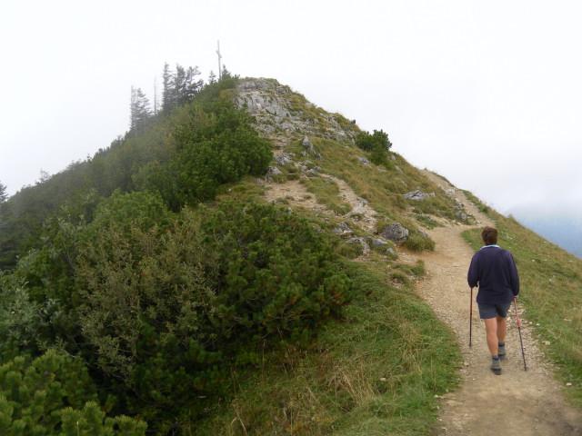Foto: Wolfgang Lauschensky / Wander Tour / Vom Kesselberg auf den Jochberg / Gipfelkuppe / 18.09.2012 23:39:35