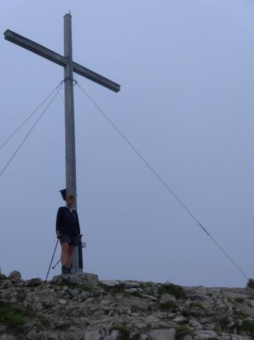 Foto: Wolfgang Lauschensky / Wander Tour / Vom Kesselberg auf den Jochberg / großes Gipfelkreuz / 18.09.2012 23:39:22