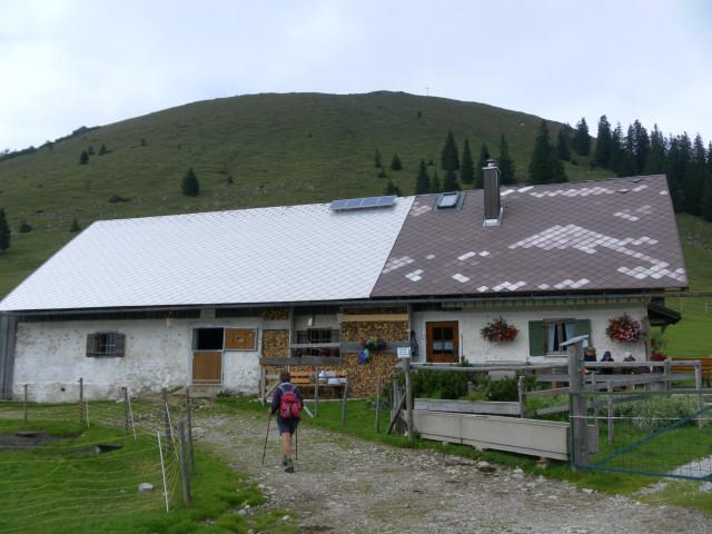 Foto: Wolfgang Lauschensky / Wander Tour / Vom Kesselberg auf den Jochberg / Jochberg hinter Jocheralm / 18.09.2012 23:39:13