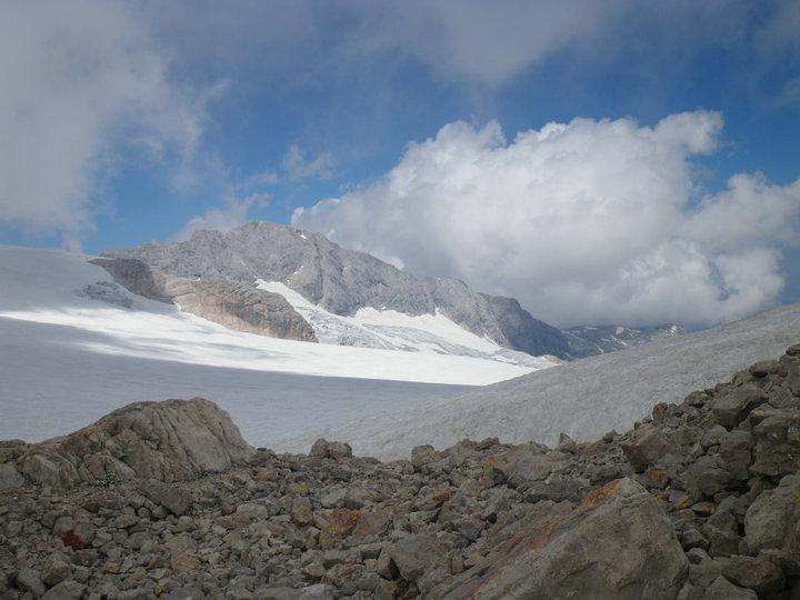 Foto: drjones31 / Wandertour / Auf den Spuren der Eiszeit - Etappe 1: Hunerkogel - Gjaidstein - Gjaidalm - Krippenstein / Anstieg Hoher Gjaidstein / 18.08.2010 16:05:56