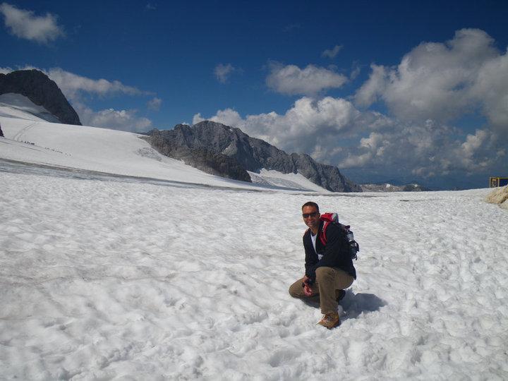 Foto: drjones31 / Wandertour / Auf den Spuren der Eiszeit - Etappe 1: Hunerkogel - Gjaidstein - Gjaidalm - Krippenstein / am Gletscher / 18.08.2010 16:05:32