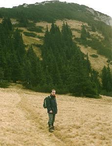 Foto: Wolfgang Dröthandl / Wander Tour / Über die Voralm zum Dreiländereck NÖ - OÖ - Stmk / Blick zurück auf den Gipfelaufbau der Stumpfmauer / 08.04.2011 11:15:11