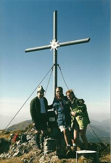 Foto: Wolfgang Dröthandl / Wander Tour / Von Radmer auf das Zeiritzkampel / Gipfelkreuz Zeiritzkampel / 08.04.2011 10:41:14